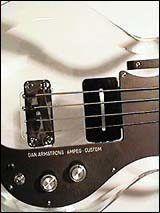 Ampeg - Dan Armstrong Bass